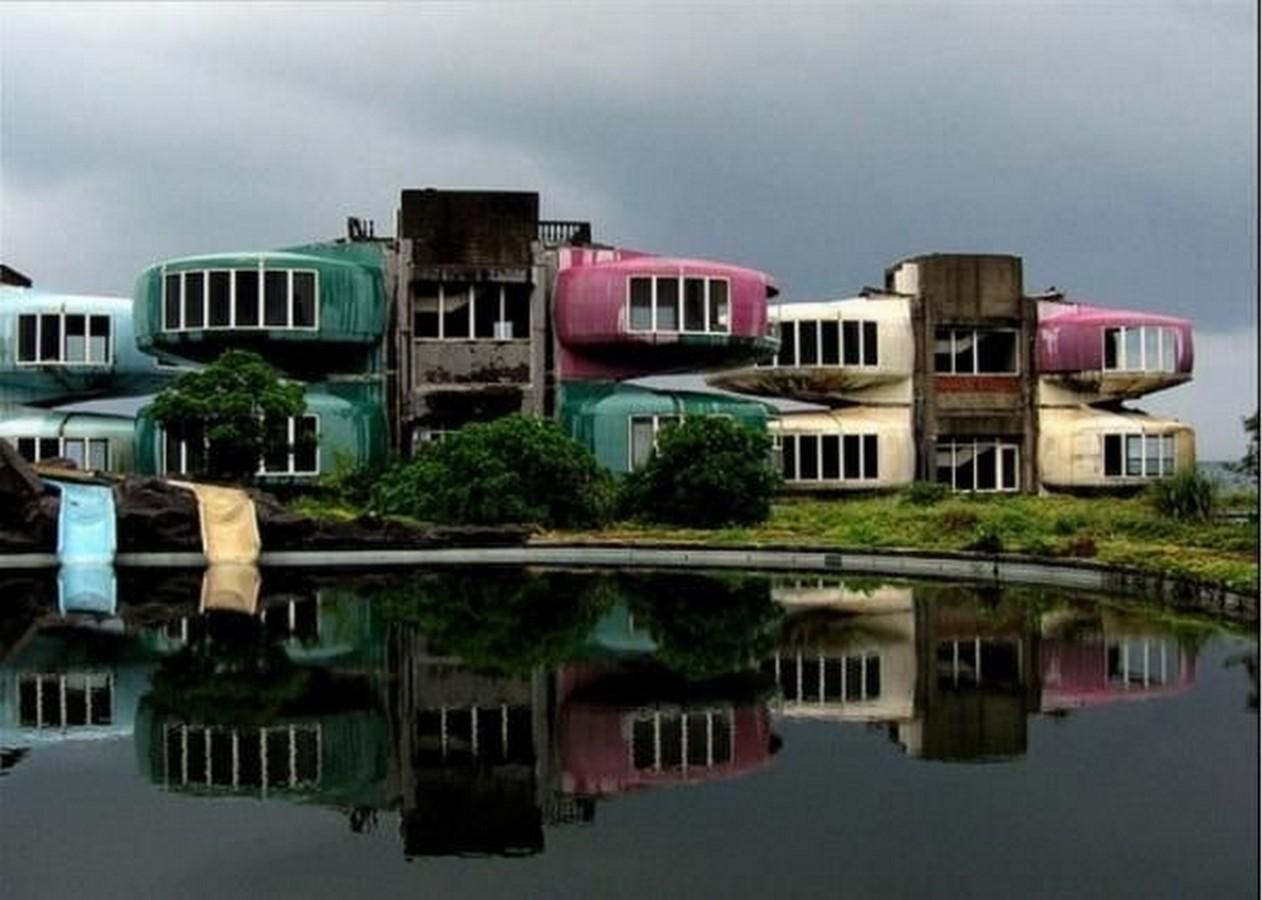 Lost In Time: Sanzhi, Taiwan - Sheet4
