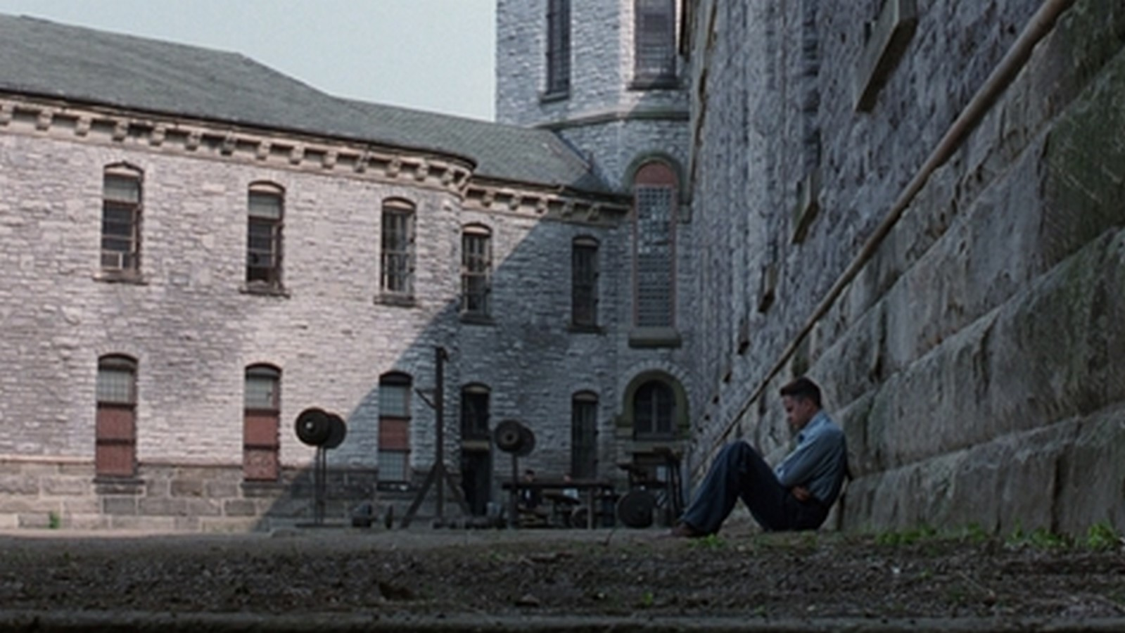 An architectural Review of The Shawshank Redemption - Sheet2