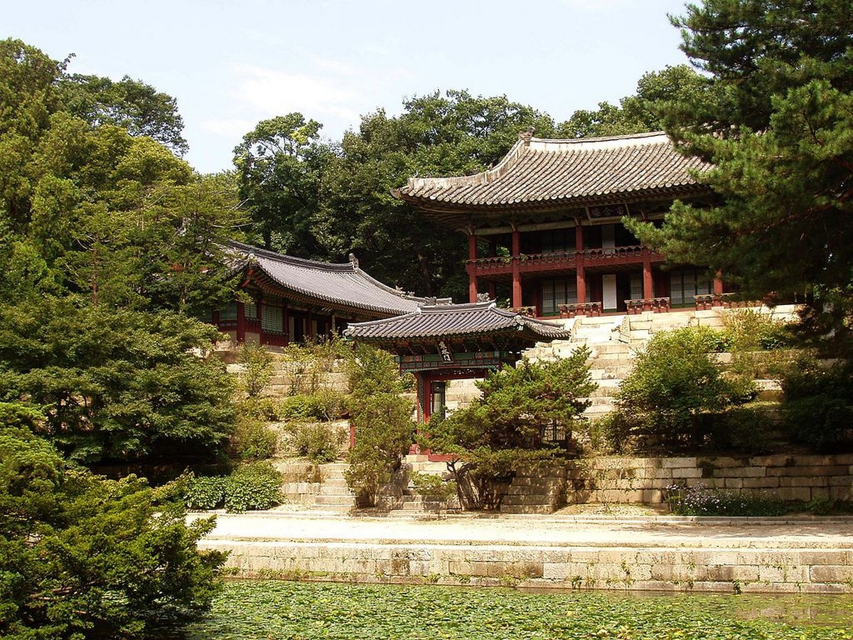 Modern and traditional Architecture in South Korea - Sheet2