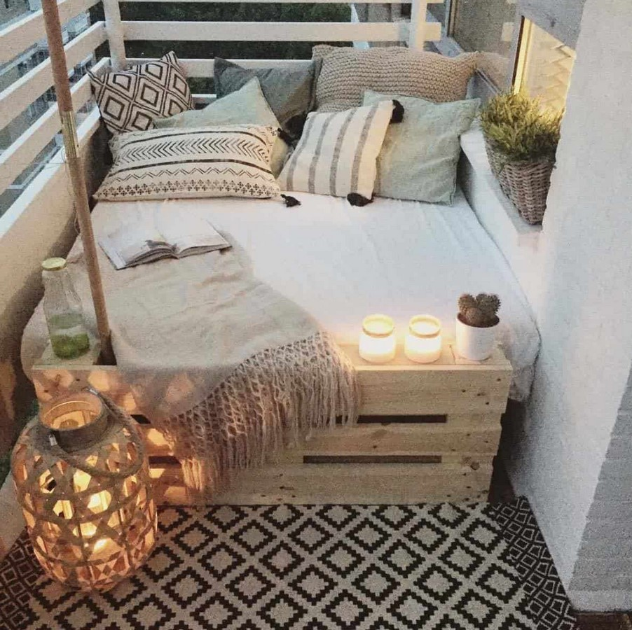 20 Earthy interiors ideas for enhancing your balcony space - Sheet10
