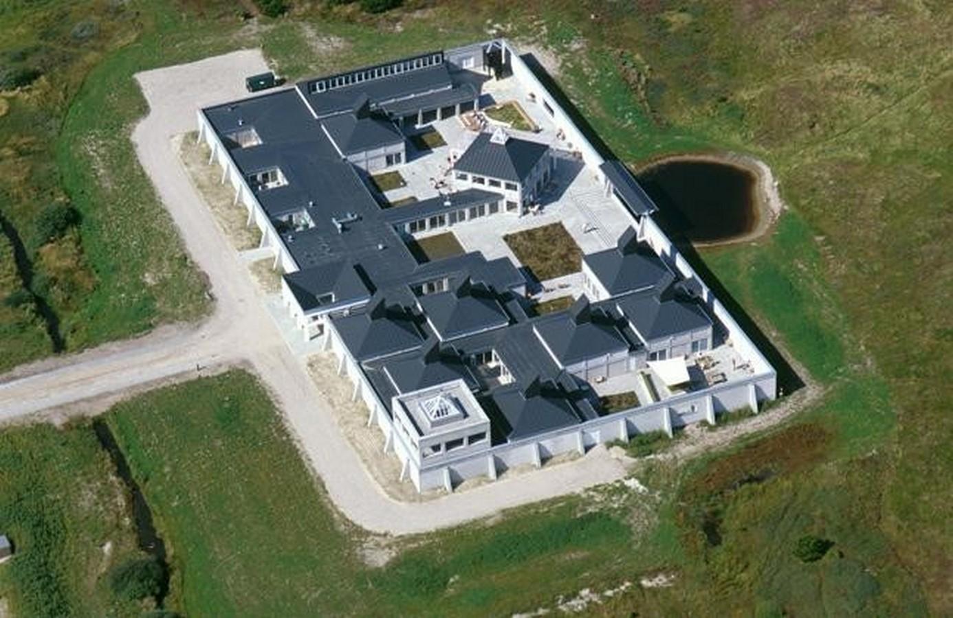 Skagen Odde Nature Centre by Jørn Utzon: Desert Fortress - Sheet1
