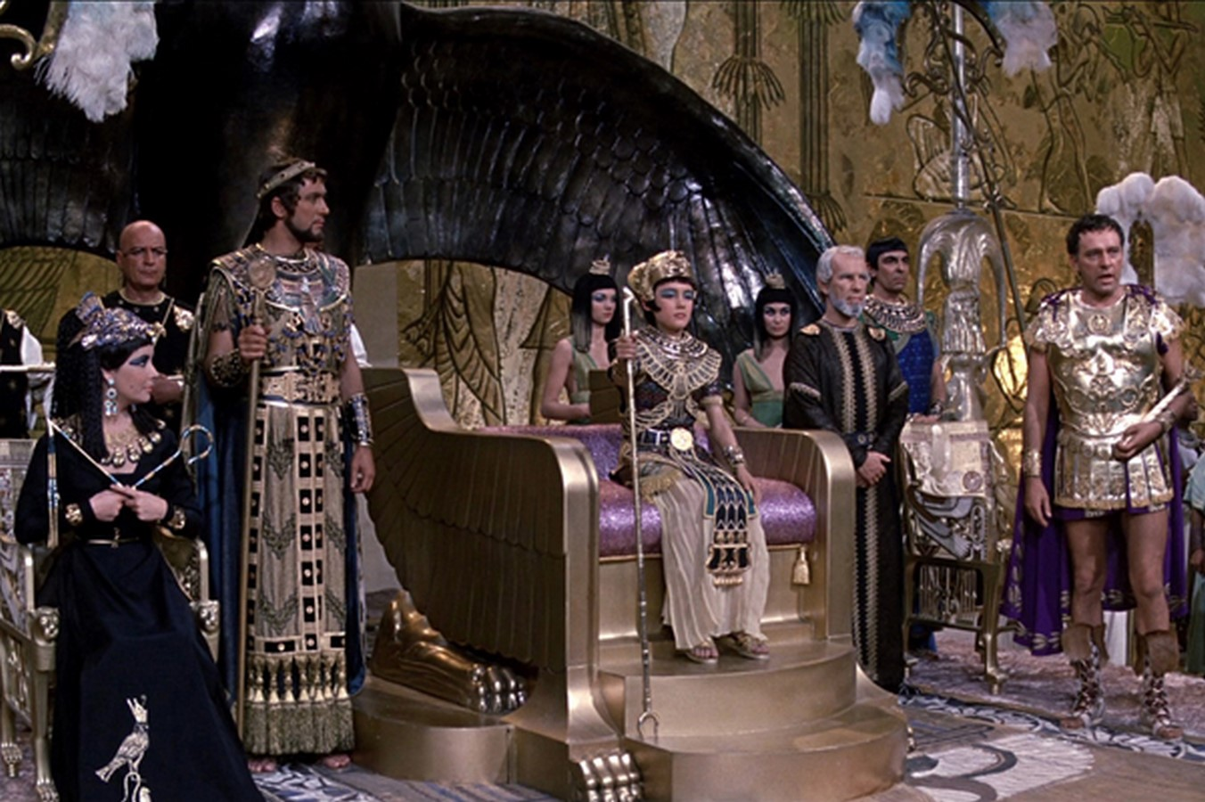 10 Famous set designers of all times around the world - sheet16
