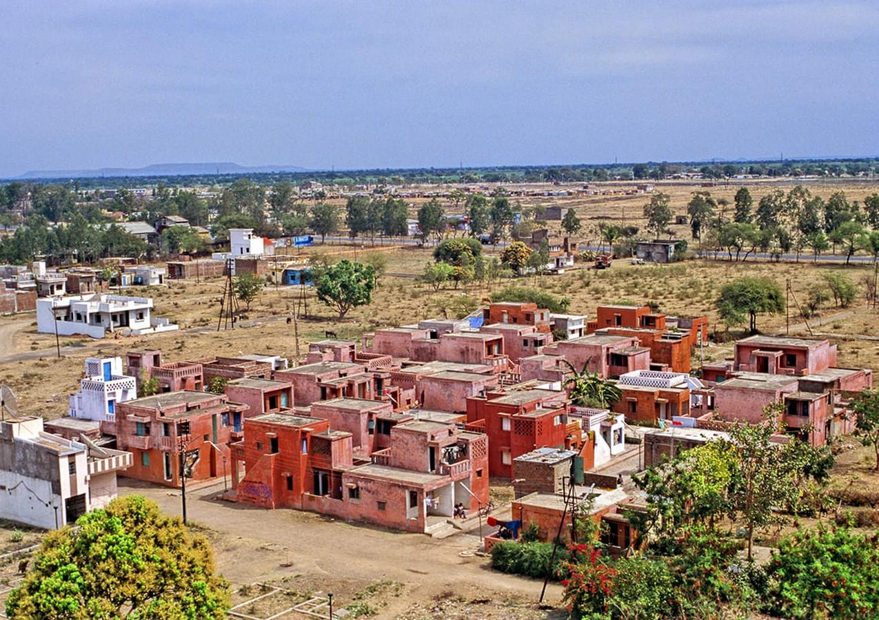 Aranya Low-cost Housing by B.V Doshi Low-cost urban housing - Sheet13