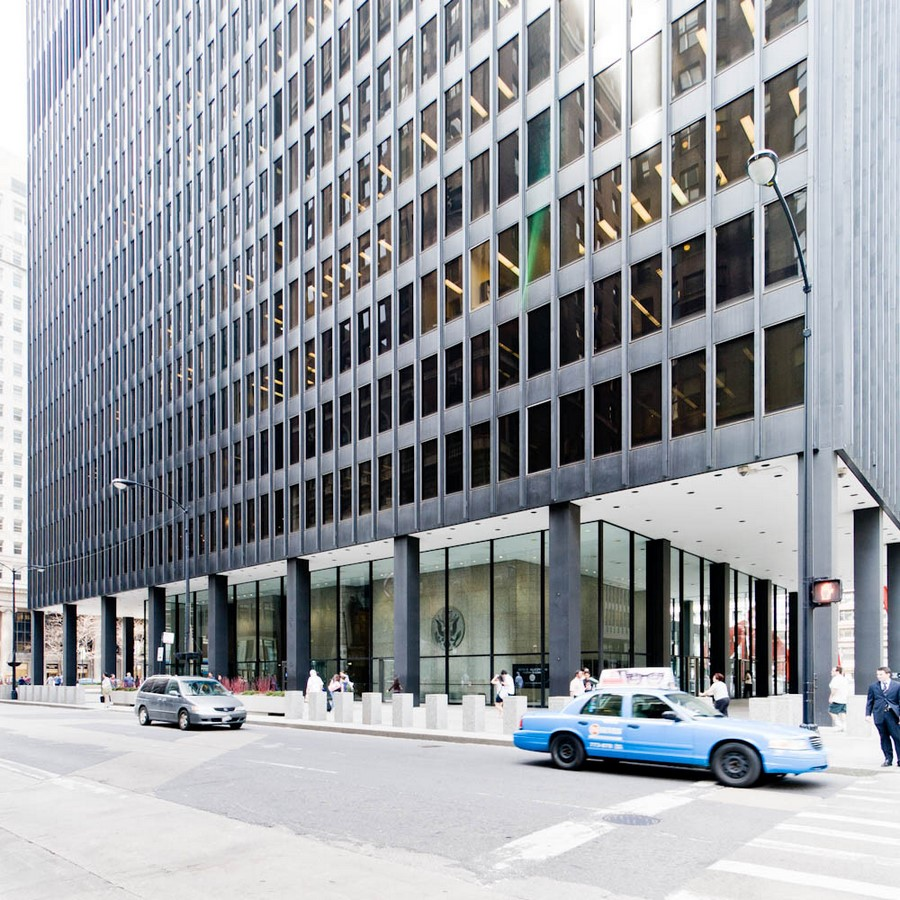 Chicago Federal Centre by Ludwig Mies van der Rohe: A union of Buildings - Sheet4