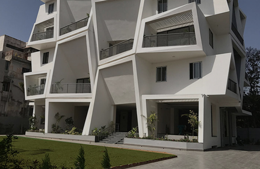 Ishatvam 9 by Sanjay Puri Architects: The extended decks