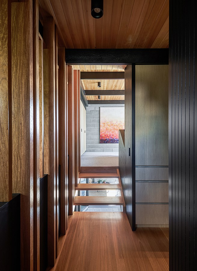 Chambers House by Shaun Lockyer Architects: Raw, Crafted, Modernist building - Sheet14