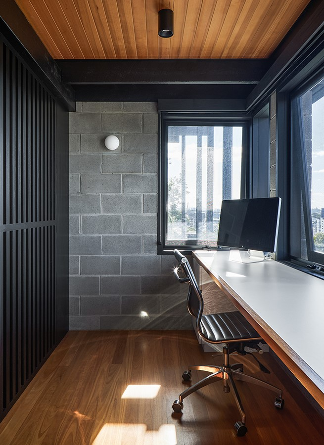 Chambers House by Shaun Lockyer Architects: Raw, Crafted, Modernist building - Sheet15