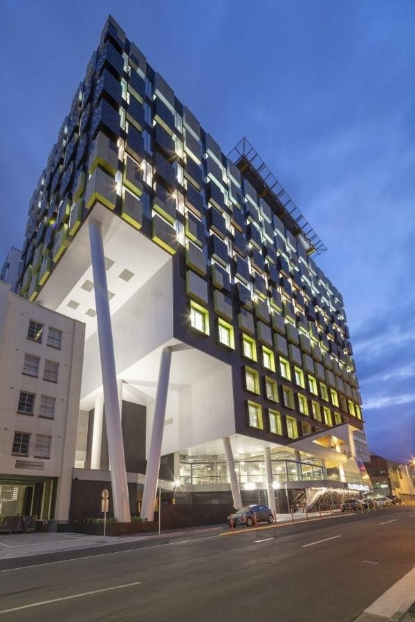 Lyons Architects- 15 Iconic Projects -Sheet21